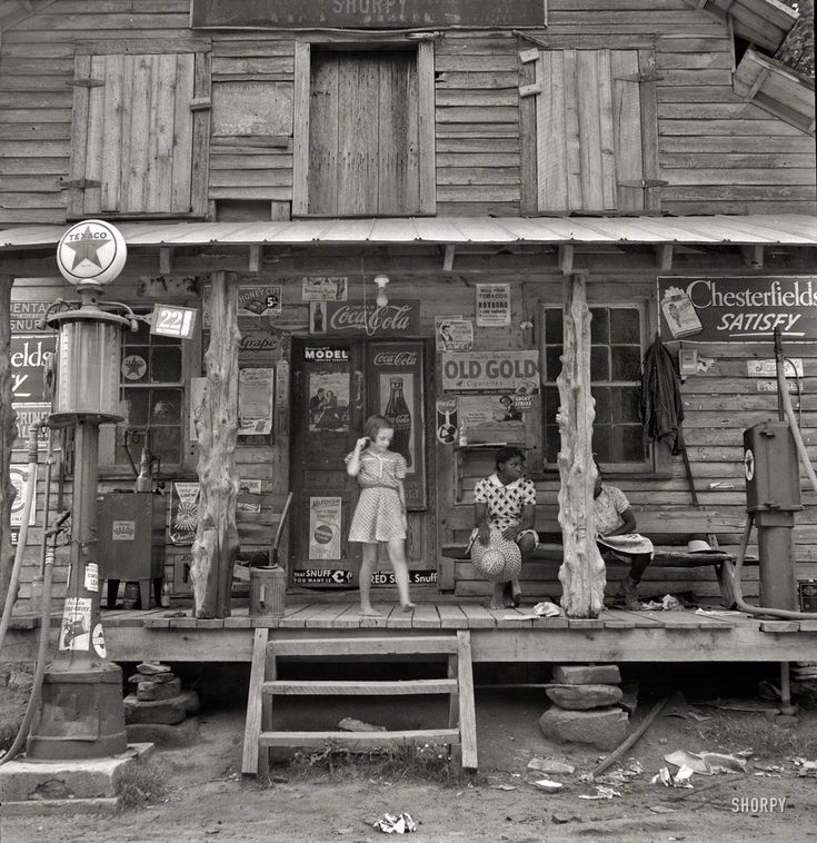 Shorpy Historical Photo Archive :: Country Store: 1939