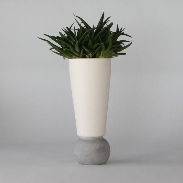 SC30-ceramic and concrete pot-White matte ceramic + grey matte concrete double vase + pot. High quality handmade objects Designed+Made by Decovery | Essential Details.