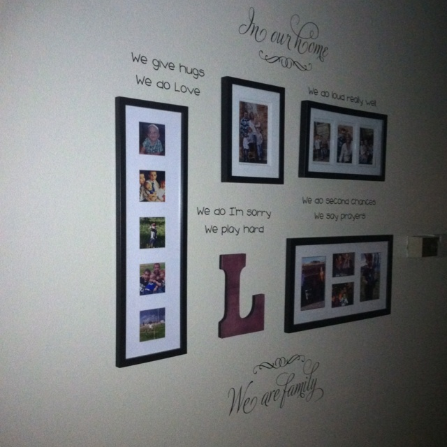 Family 'rules' in the hallway: Worth Reading, Book Worth, Photos Wall, Gallery Wall, Diy Decor, Families Rules