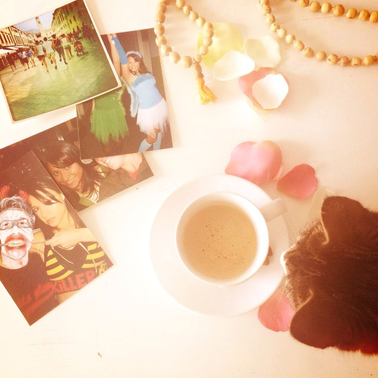 Feeling down? Relive happy memories. Take a trip down memory lane. #happystepz. Read out new post. Happystepz.blogspot.nl #memorylane