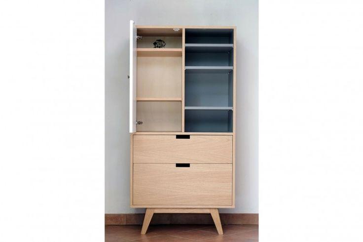 Petit saut dans le passé avec cette armoire rétro au design scandinave et aux nombreux rangements ! #armoire #wardrobe #closet #furniture #meuble #artisanat #handmade #scandinave #scandinavian #minimalisme #hygge #lagom