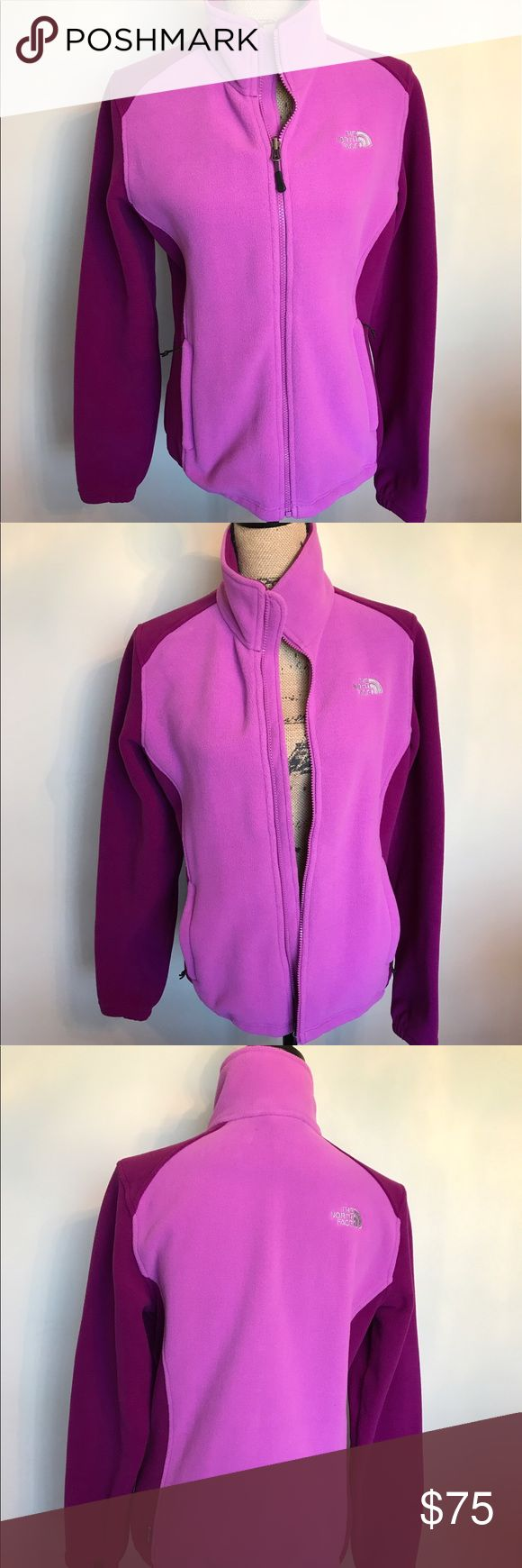 ❄️Warm & FuzzyNorth face ladies jacket like new Worn once🎉 Please ask for additional pictures, measurements, or ask questions before purchase. 🎉 No trades or other apps 🎉 Ships next business day, unless noted in my closet  🎉 Bundle for discount North Face Jackets & Coats