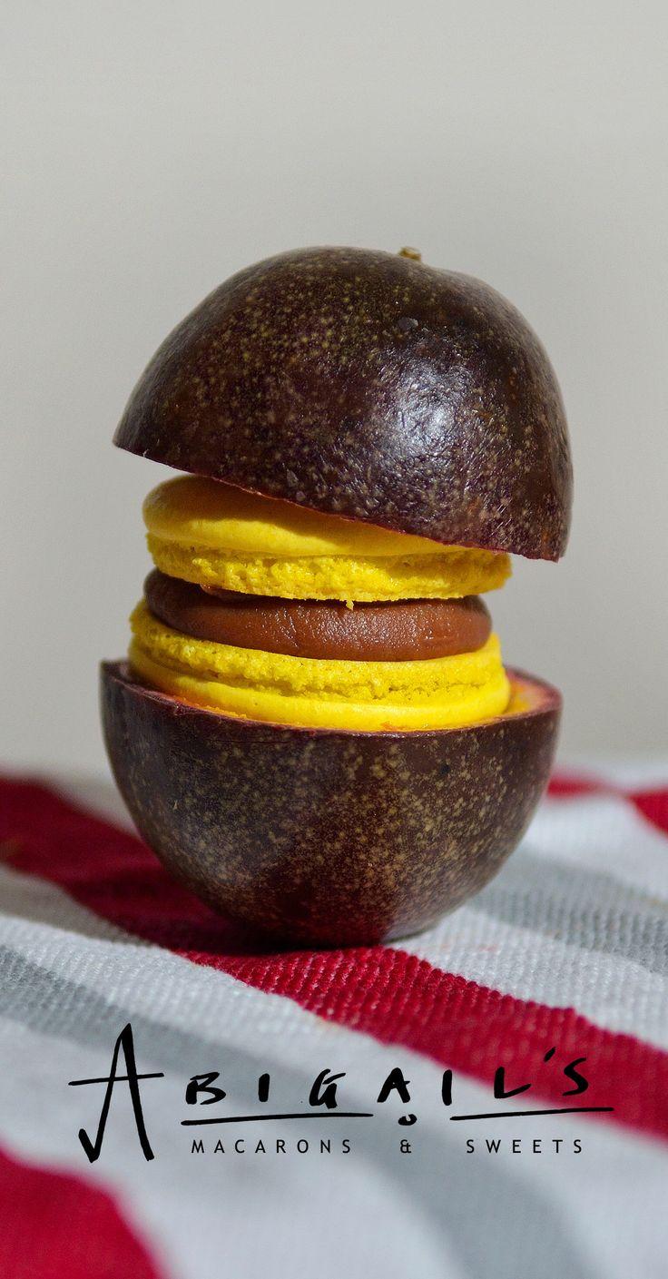 Passion fruit & milk chocolate macaron