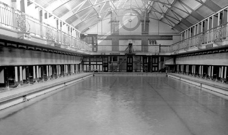 Knights Lane swimming baths probably 1st class
