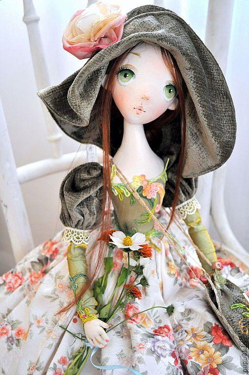 Купить Авторская кукла Флора - оливковый, авторская ручная работа, кукла ручной работы