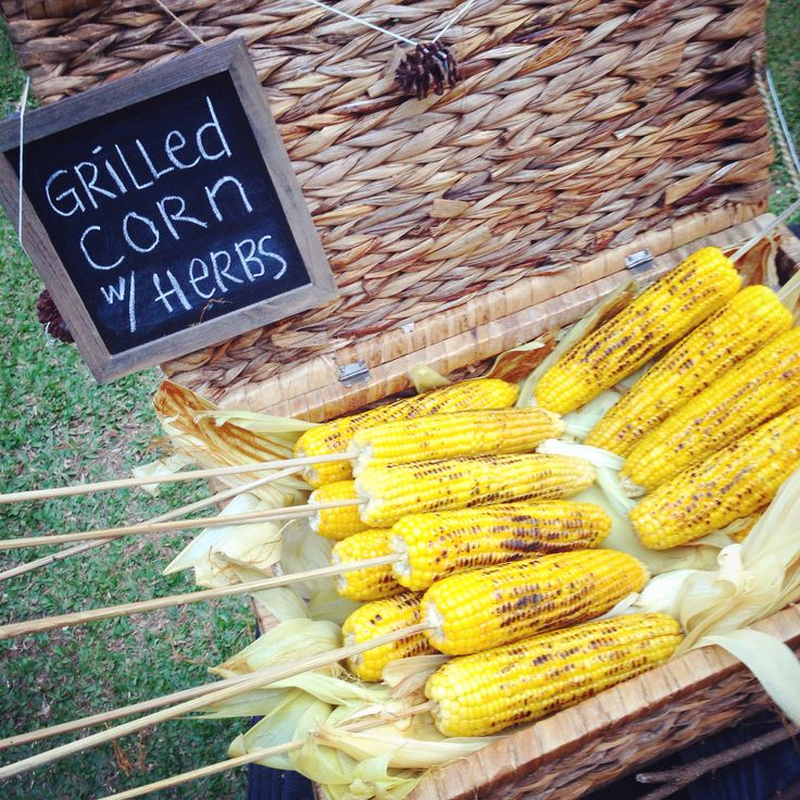 Grilled corn in a basket for display