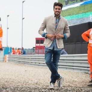 #marianodivaio at #assen #motogp with #gasjeans crew for #gasgoesfast digital project...more at live.gasjeans.com/