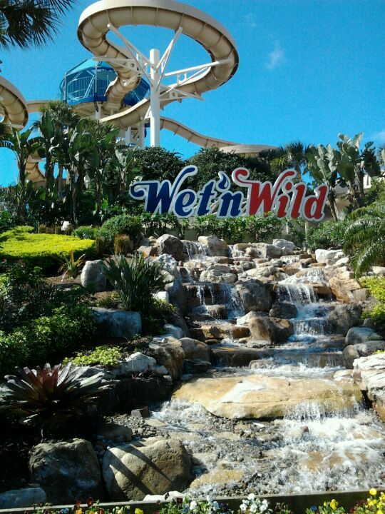 Wet 'N Wild, International Drive - Rated one of the best waterparks in the world, this park has more multi-person rides than any other park. Take a dip during the hot Spring and Summer... and Fall... And Maybe Winter months. Who said Orlando had seasons?