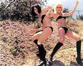 currie single girls Upon leaving the runaways, currie released a 1978 solo  who released a single lp  little lost girls re-issue of ″and now the runaways″ with a different.
