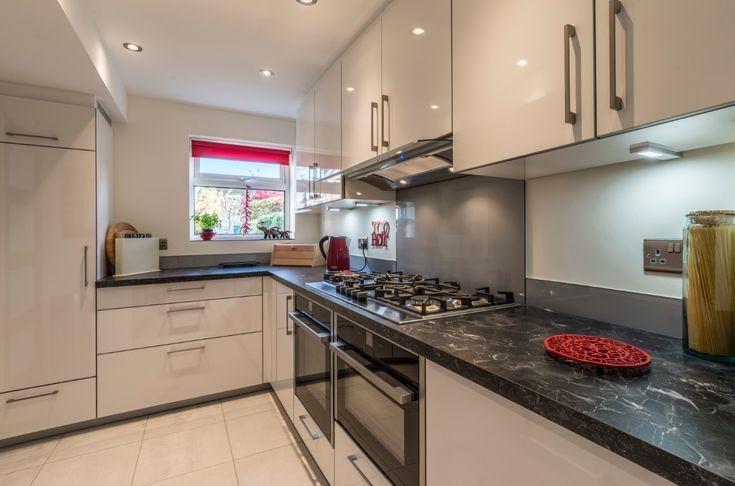 Best 25 white gloss kitchen ideas on pinterest kitchen for Beckerman kitchen cabinets