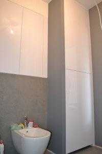 szafki łazienkowe w kolorze białym