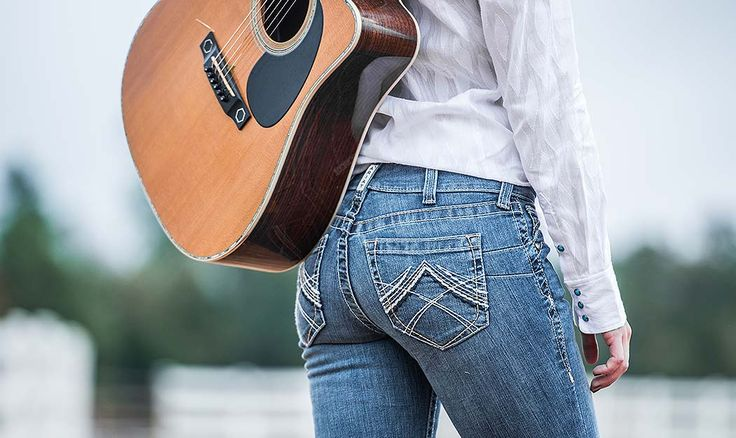 5 Mistakes You Are Probably Making That Are Ruining Your Jeans