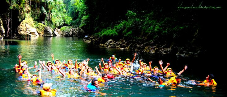 Informasi & Reservasi Objek Wisata Green Canyon & Body Rafting. Provider Guha Bau Body Rafting merupakan suatu wadah untuk melakukan kegiatan tantangan alam