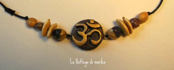Collana Viola Om personalizzata con pasta di di LaBottegadimarika