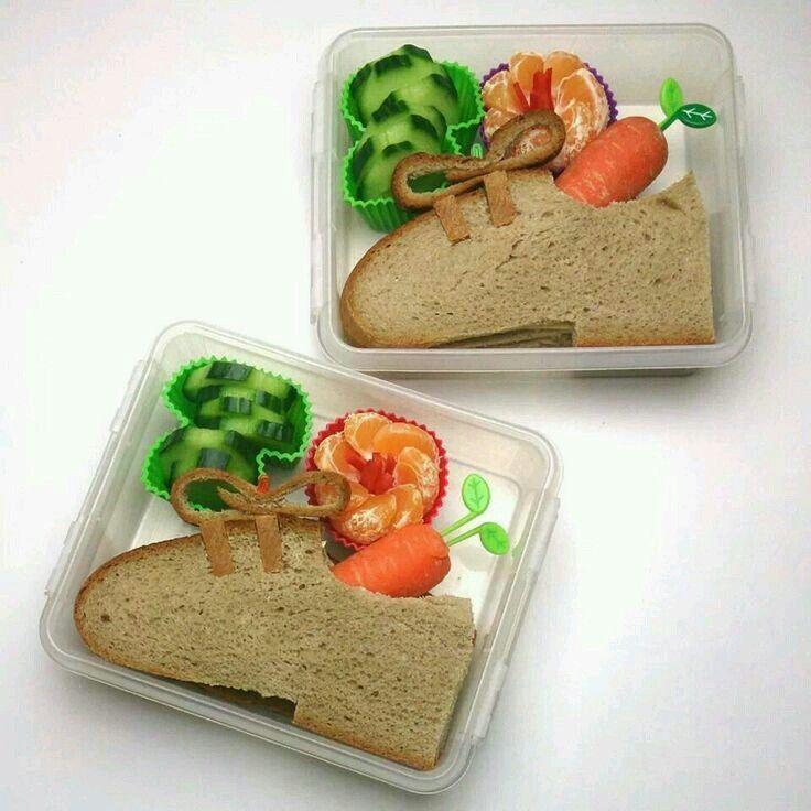 """Sint Nicolaas en zijn Maatjes; Leuk, lekker en een gezond maaltje in je Lunchtrommel """"Een Lekker Broodje Schoen"""". Kom op Mama's jullie kunnen het best!"""