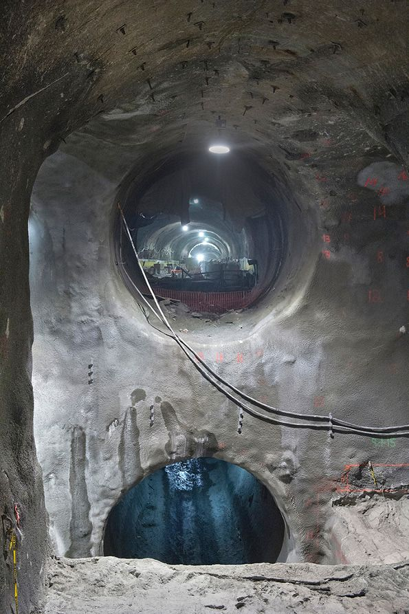 Metropolitan Transportation Authority of the State of New York: East Side Access Update Explore these mind-blowing photographs of a tunnel being built beneath New York City