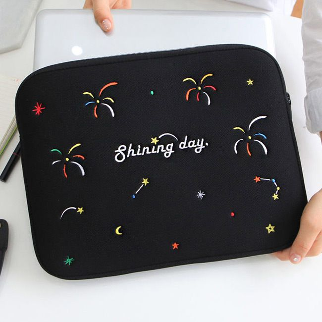 Black – Day Day 13 inches laptop pouch case