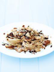 Rezept von Donna Hay: Schnelle Steinpilz-Spaghetti - Valentinas-Kochbuch.de - kochen, essen, glücklich sein
