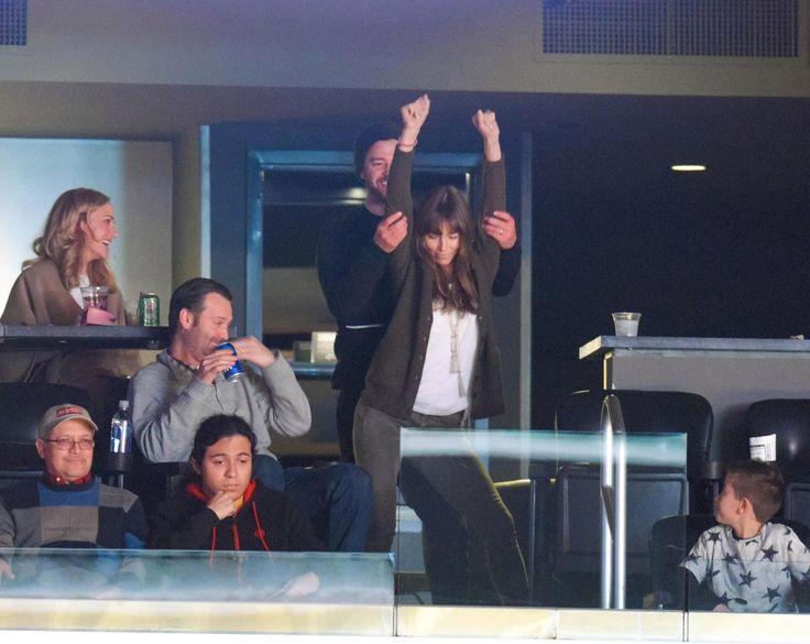 Jessica Biel caught performing a seductive dance for husband Justin Timberlake at basketball game
