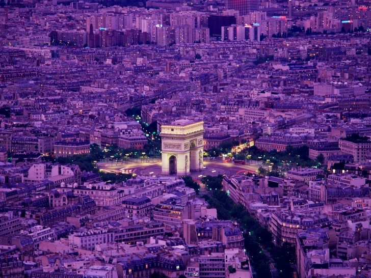 Arc de Triomphe in Paris, France