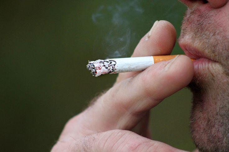 Smettere di fumare è possibile con le giuste strategie e lo sviluppo della forza di volontà. Liberati di questa pessima abitudine e inizia a stare meglio.