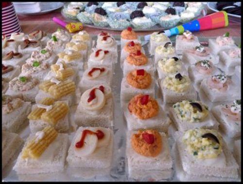 Canapes Variados Te enseñamos a cocinar recetas fáciles cómo la receta de Canapes Variados y muchas otras recetas de cocina..