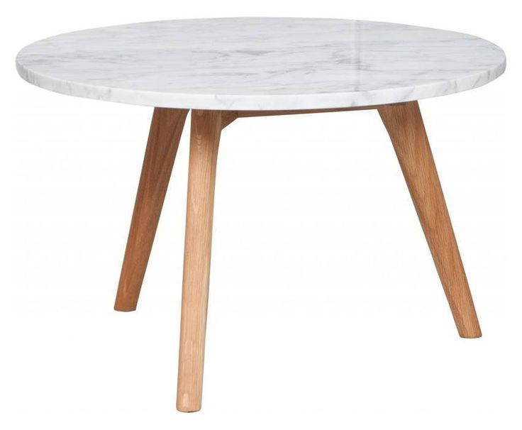 White Stone Sofabord - Ø50 - Zuiver har lavet dette sofabord i en kombination af moderne og naturlige materialer - marmor og eg. Bordet findes i tre forskellige størrelser, så der er et bord til både små og store stuer.
