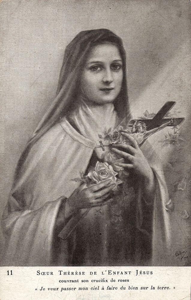 catholic Nun Soeur Theresa child of Jesus French vintage postcard