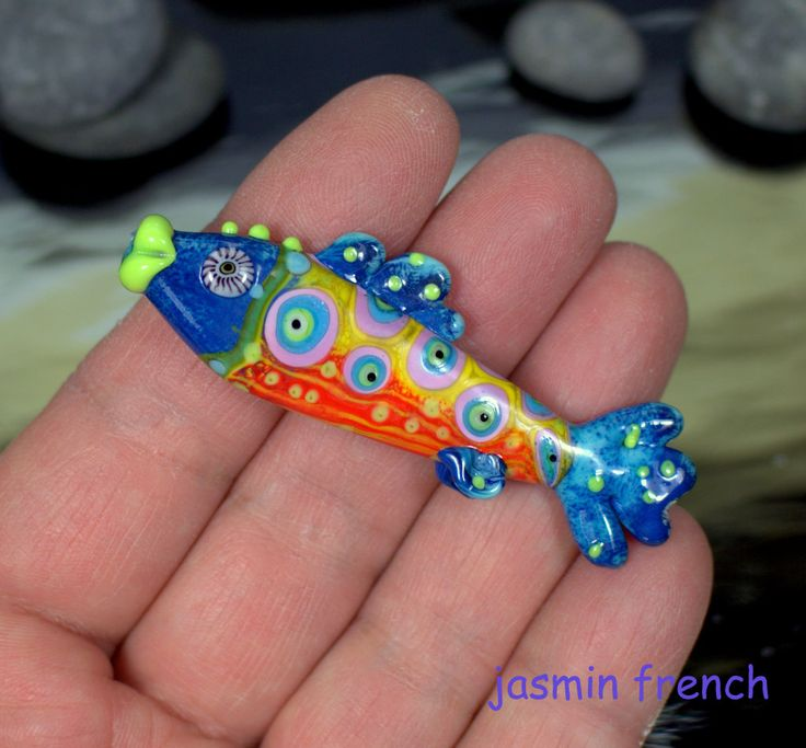 °° FISH °° lampwork bead by jasmin french