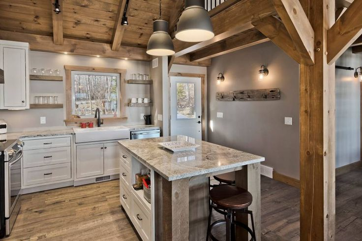 LUXURY COTTAGE WITH RELAXED RUSTIC ATMOSPHERE - Cottages for Rent in Whiteshell, Manitoba, Canada