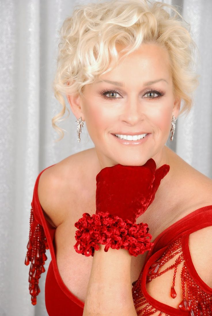 Lovin' Lyrics Music Promotions: LORRIE MORGAN CHRISTMAS TOUR RINGS WITH HOLIDAY MA...