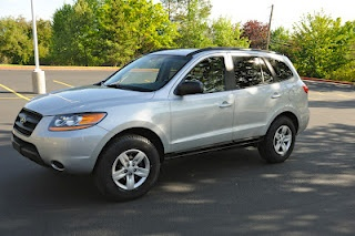 2009 Hyundai Santa Fe GLS FWD  $15,500  62k miles