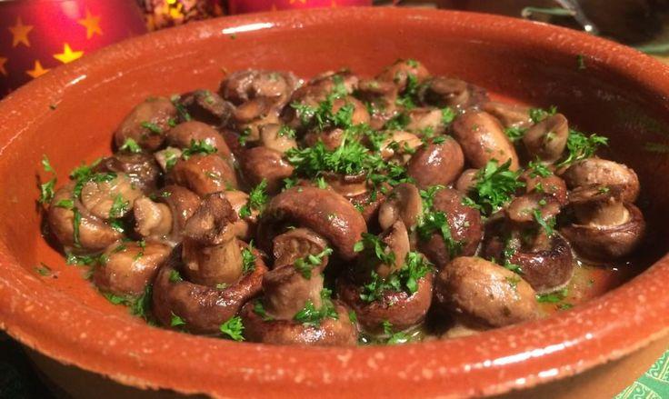 Kastanje champignons uit de oven met knoflook