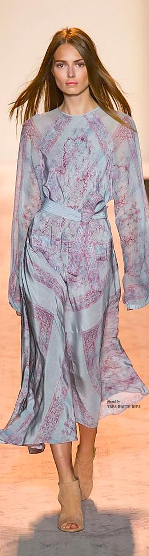 Stunning! Obsessed with colour and delicate fabric.  I would wear this all the time. #NYFW BCBG Max Azria Spring 2015 RTW