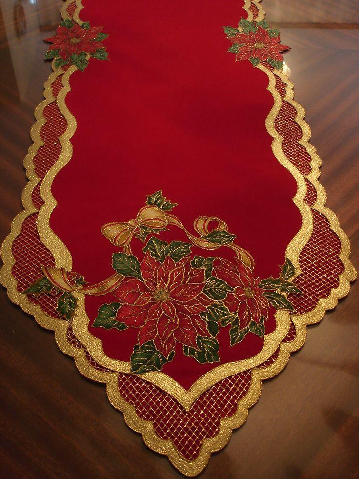 Un camino de mesa pirograbado que huele a navidad, huele a navidad... se siente la alegría!!!