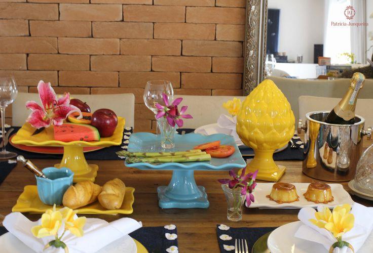 Decoração de Mesa colorida e jeans para almoço por Patricia Junqueira