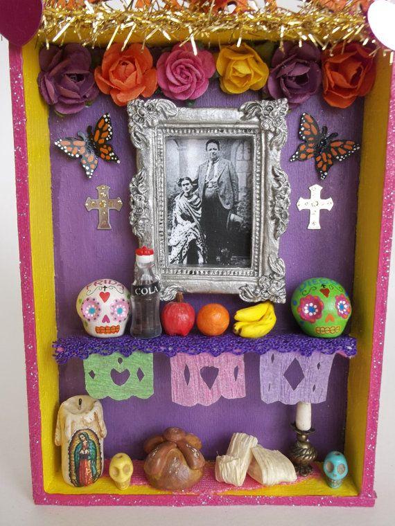 La Paloma y El Elefante Mini Altar Mexicano de Dia de Los