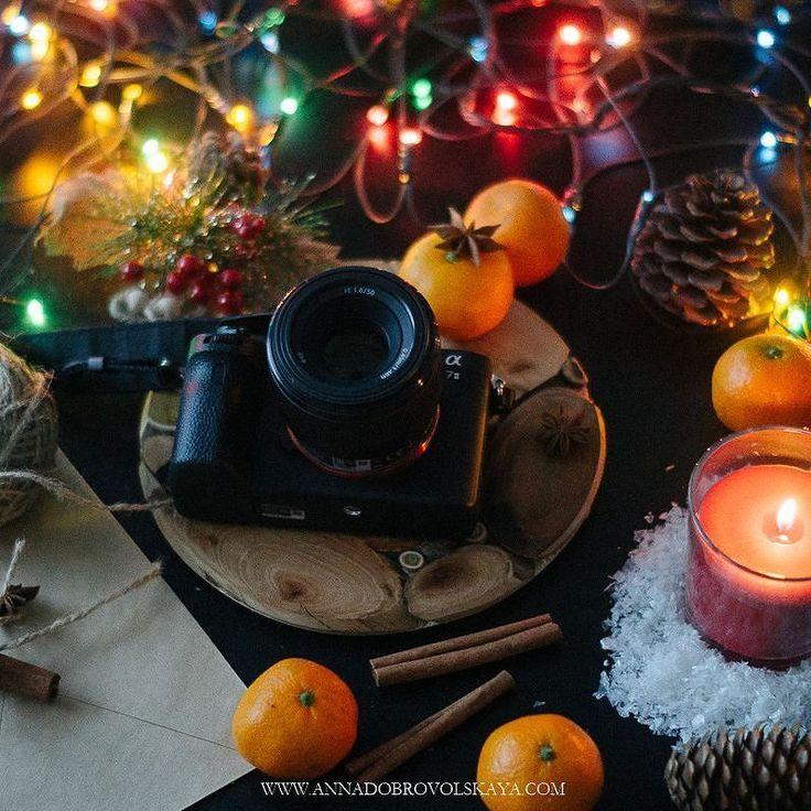 Смотрю что у многих обезьяна пошалила  под конец года я не исключение (смайлики отражают мои последние 2 месяца года случился форс-мажор из-за которого я на нервах) да и то что год високосный был свою роль сыграло. Надеюсь что петух будет более благосклонным.  #sonyphotography #sonya7ii #sony #vscornd #vscorostov #ростовнадону #annadobrovolskayaphotography #lightandair #lights #bokehlicious #sonyphotorussia #снаступающим #tv_stillife #kinfolkstyle #onthetable #myblacktable #tablesituation…