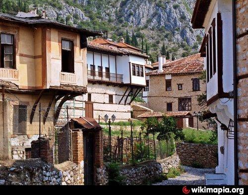 Aristocratic houses in Kastoria.