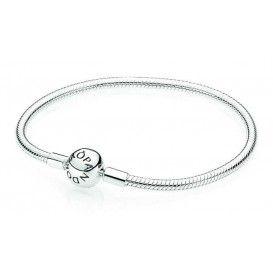 Pandora Armband Zilver 'Bal-sluiting' 590728-21. Nieuw in de Pandora collectie.., de klassieke zilveren armband maar dan met bolsluiting. De armband is verkrijgbaar in diverse lengtes.