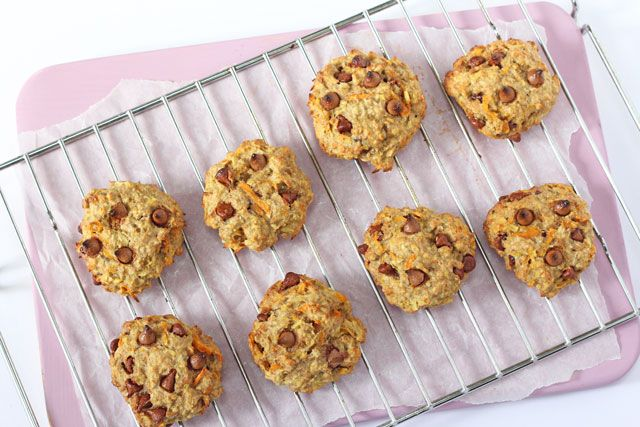 If you are running late in the mornings then these cookies make the perfect grab-and-go breakfast and are also great for an after-school snack.