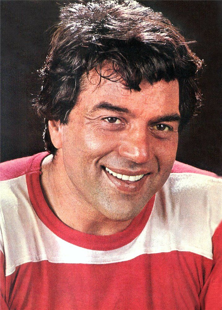 Pin by Rina on Dharmendra   Indian film actress, Film icon, Bollywood actors
