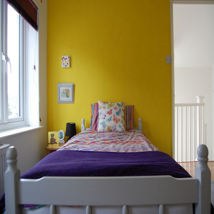 yellow bedroom furniture. The 25  best Yellow bedroom curtains ideas on Pinterest apartment Blue yellow bedrooms and