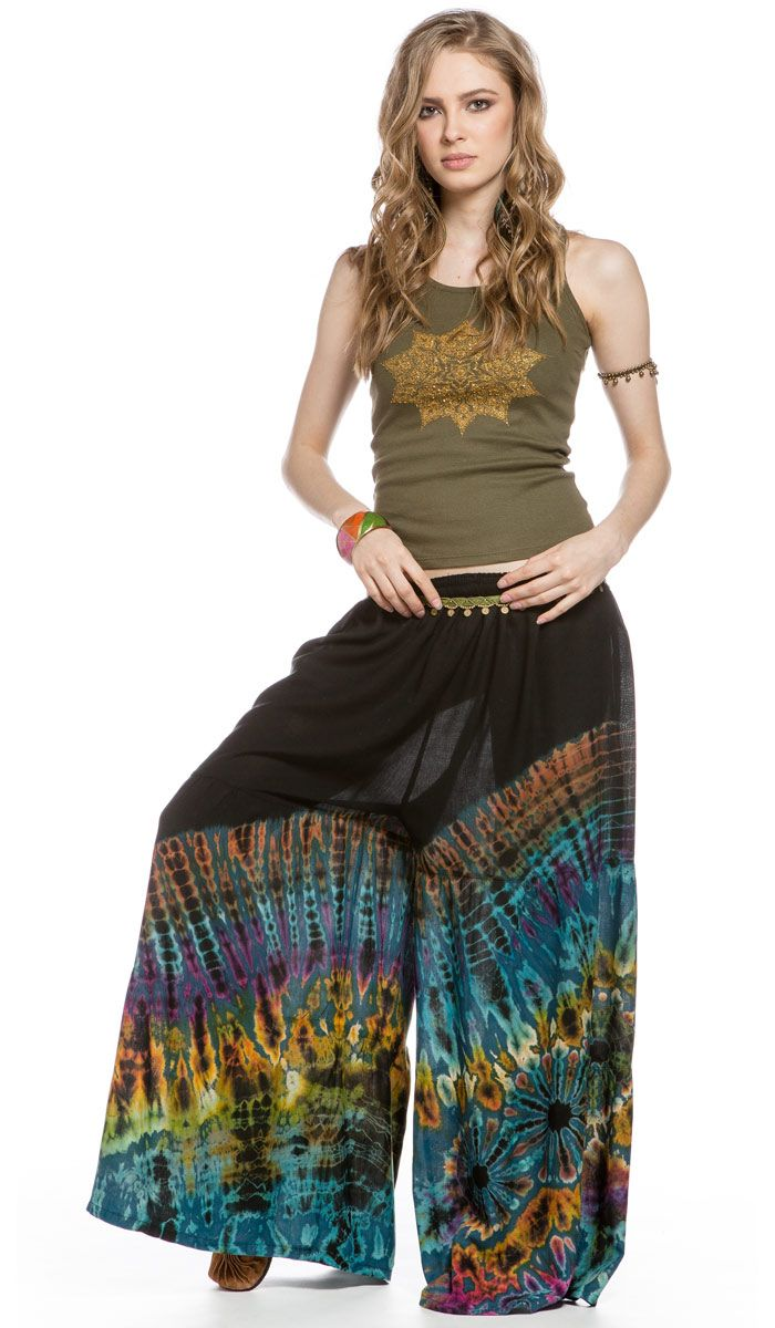 Юбка-брюки окрашены в технике тай-дай. 2940 рублей http://indiastyle.ru/products/yubka-bryuki-assol