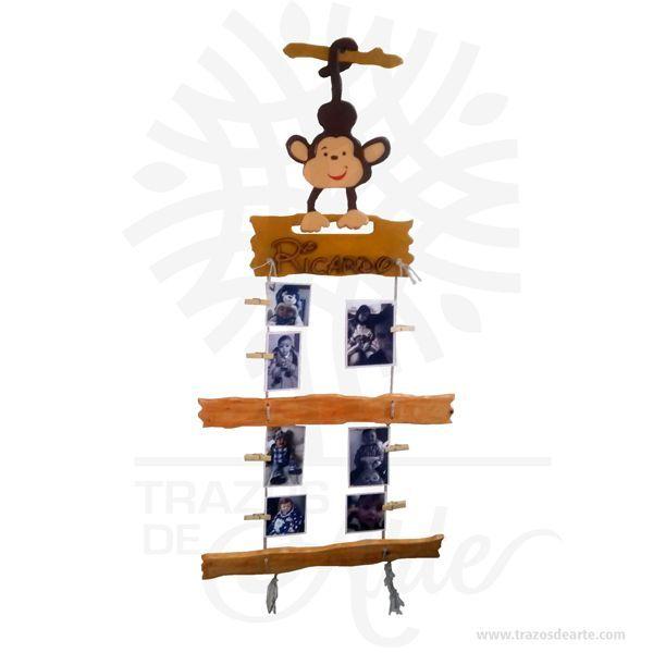 Hermoso Portaretrato Monkey en MDF y madera, ideal para decorar el cuarto del bebe y cuartos de niñas y niños. Este es un maravilloso regalo, suvenir; empresarial o para amigos y familiares. El impulso de retratar y fijar a una determinada persona, es un rasgo espontáneo y primordial y se manifiesta de la manera más ingenua atribuyendo un nombre a una imagen genérica, como ocurre con los dibujos de los niños. Se puede hablar en este caso de retrato «intencional». Cuando a este tipo de…