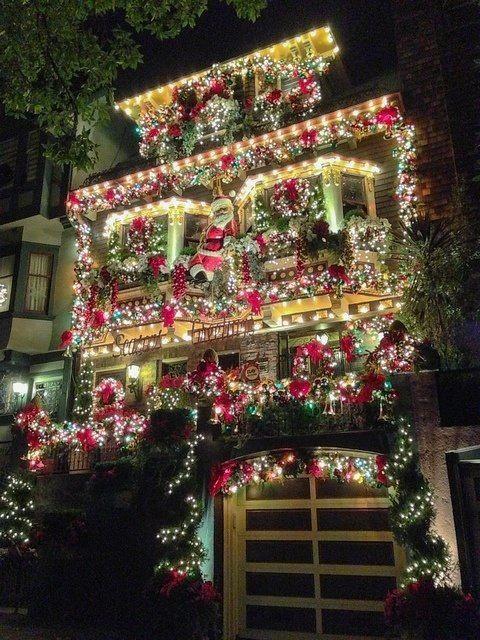 Love it #christmaslightsoutdoors Christmas Lights Outside Designs - disney christmas yard decorations