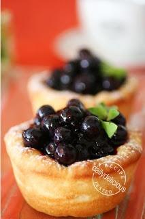 Mini Blueberry and Custard Cream Pastry