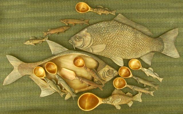 Декоративные деревянные подносы под рыбу, деревянные ложки, поварешка