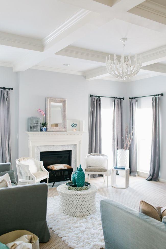 Interior Designer Jennifer Wagner Schmidt #theeverygirl gray family room