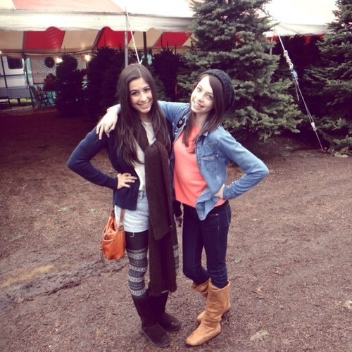 This is one of my favorite pics of Lauren and Dani!
